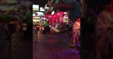 Pattaya soi6 strolling road