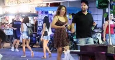 Pattaya Strolling Avenue Nightlife