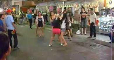 Strolling Boulevard Pattaya – Ladyboy vs. Ladyboy