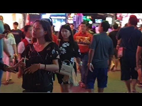 pattaya walking aspect freeway weekend november 2019