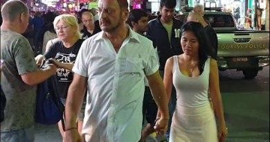 ( 4K ) PATTAYA walking facet road night time and day seaside thailand