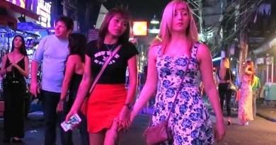 Walking Road Pattaya after Nighttime