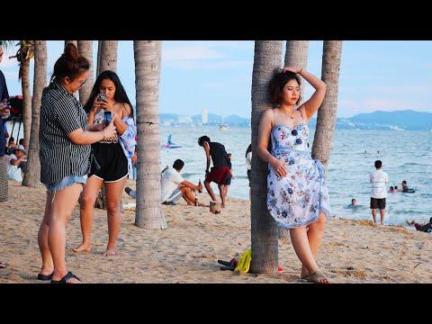 Pattaya Jomtien Coastline Scenes on Sunday July 26th 2020