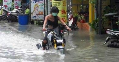 Heavy Rain Causes Flooding in Pattaya (Thailand)