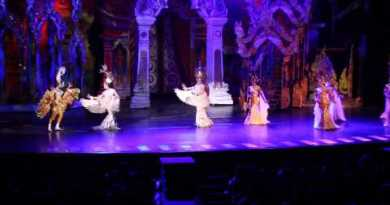 Pattaya Sights – Tiffany's Show