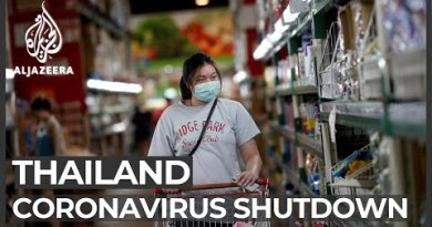 Thailand virus shutdown: Workers in informal jobs wrestle to outlive