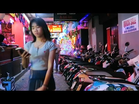 Pattaya NYE 2016 – Walking Avenue Side Alleys