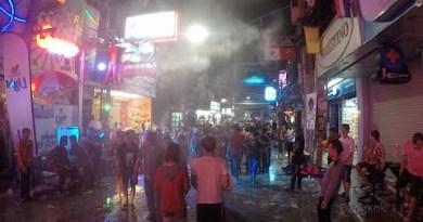 Pattaya Songkran 2015 – Walking Avenue