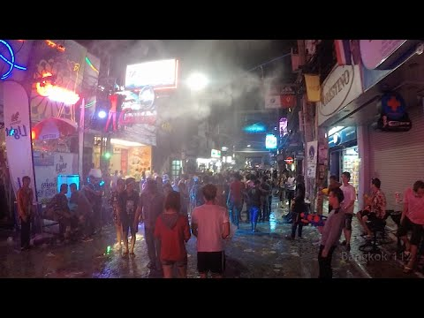 Pattaya Songkran 2015 – Walking Avenue