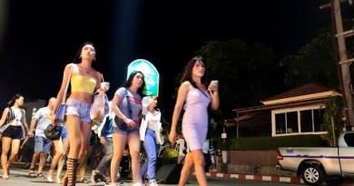 Thailand Pattaya Seaside Road Girls-6