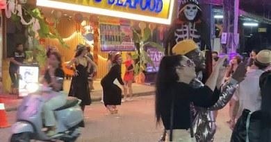 Pattaya is Buzzin!!! Attain They Need Tourists To Return To Thailand? Seaside Avenue, Bikini Dash, Strolling