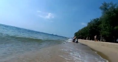 Pattaya, Thai GF Hotfoot Movie in DESERTED Dongtan Beach😭😭😭 🇹🇭