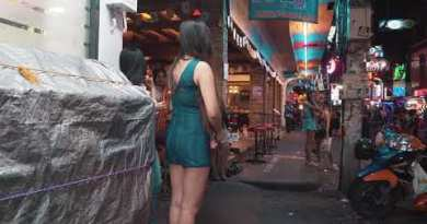 Pattaya Strolling Street   Hour of darkness