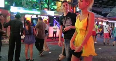 Walking Avenue, Pattaya – Members Staring at 2015