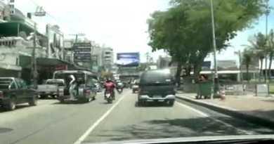 Driving Pattaya Seaside Avenue and Walking Avenue