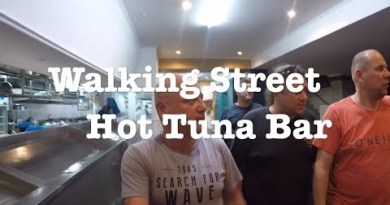 Pattaya Walking Avenue ,Hot Tuna Bar