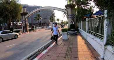 Pattaya – Walking alongside Coastline Avenue to Walking Avenue – Thailand