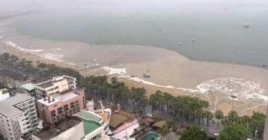 Pattaya Seashore washing away after heavy rain