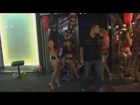 Pattaya nightlife Strolling street thai women