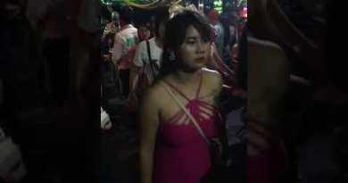 Ibar walking Avenue Night scene,  Freelance, GoGo-Girls and Woman boys Pattaya Thailand 2020