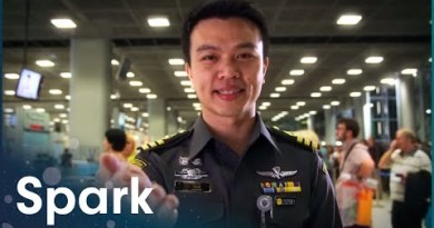 What Are British Vacationers Esteem At Thailand's Busiest Airport? | Bangkok Airport | Spark