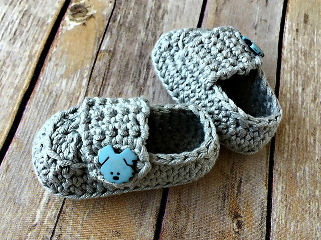 Baby Button Loafers Free Crochet Pattern