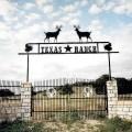 Ranch farm home amp driveway entrance gates patterson metal art