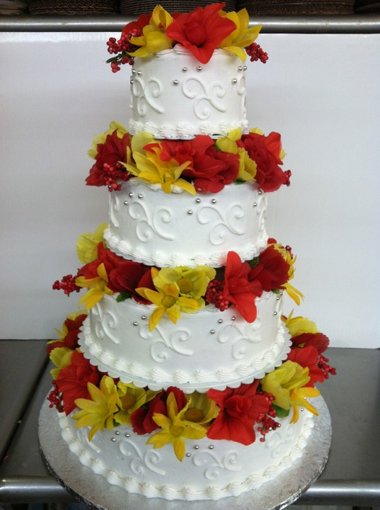 4 Tier With Flowered Spacers Patti Kake 169 Wilcon Design