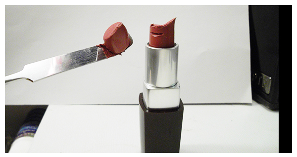 Lipsticks that are not down to the nub can be easily sliced off with spatula