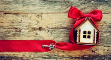 Your House May Be High on the Buyer Wish List This Holiday Season   Simplifying The Market