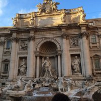 Photo of the Trevi Fountain