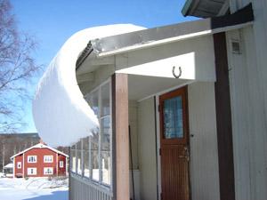 snöhäng på taket