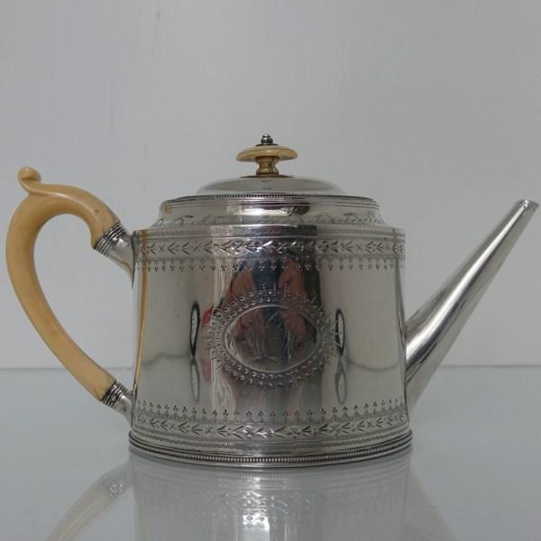 George Iii Sterling Silver Teapot London 1789 Hester