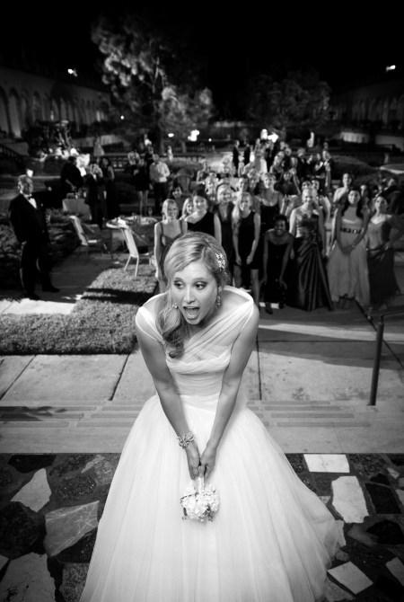 Bouquet toss, wedding photography, bride