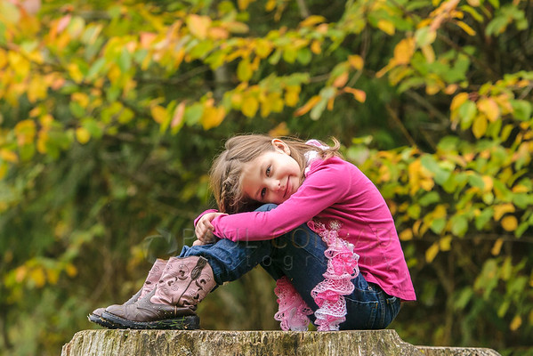 Jordyn during a their family session at Silver Lake near Maple Falls, Wash. (© Paul Conrad/Paul Conrad Photography)