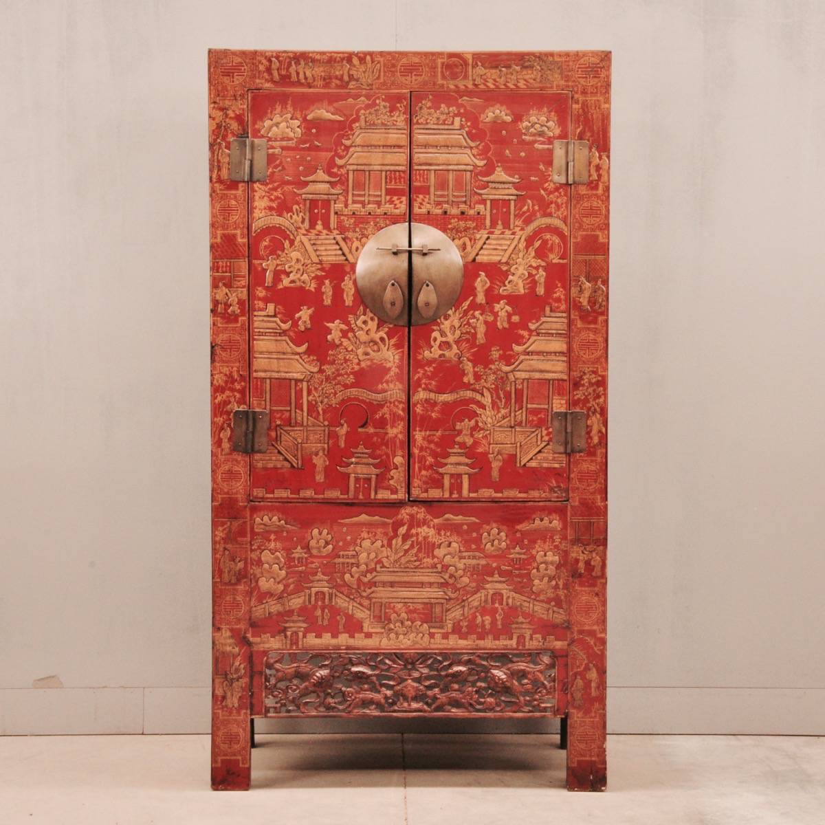 Chinese red lacquer cabinet  De Grande Antique Furniture
