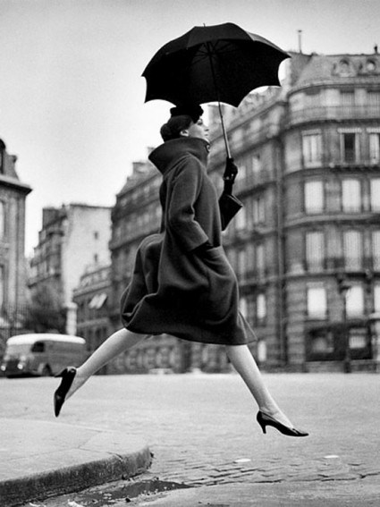 leap-of-faith-photography-by-richard-avedon-e1329497517892