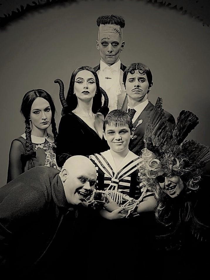 Portret Familia Addams d1 ©Vlad Catana