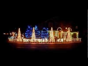 Christmas Lights Rock - Bangarang and Cinema Mix by Skrillex