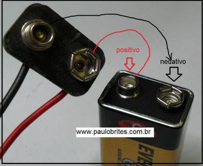 Fig. 4 Construindo um conector para bateria