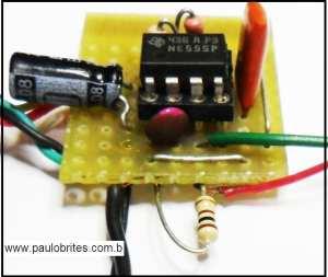 Fig.3 - Gerador de onda quadrada com 555