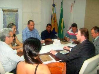 SAÚDE DE JANUÁRIA prioridade do Deputado Paulo Guedes