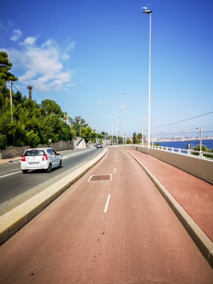 Cannes to Antibes cycleway