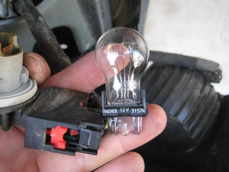 2003 Explorer Wiring Diagram Dodge Ram 1500 Tail Light Bulbs Replacement Guide 012