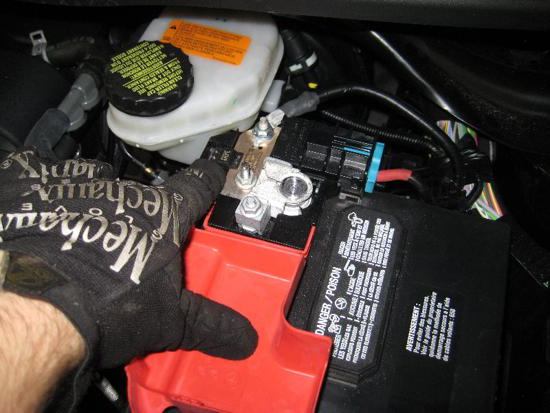 Fusion Fuse Panel Diagram Positive Battery Terminal And Using Jumper Cables Ford