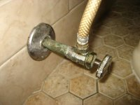 Toilet-Water-Supply-Valve-Leak-Replacement-Guide-004