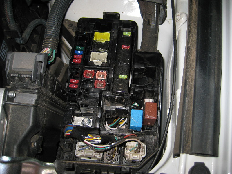 2014 Tundra Fuse Box Location Toyota Rav4 Electrical Fuse Replacement Guide 004