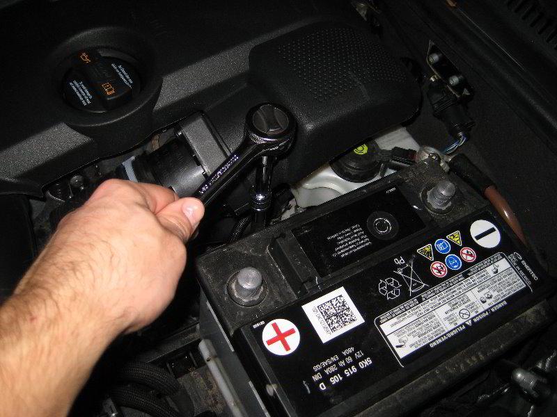 2014 Vw Jetta Fuse Diagram Vw Jetta 12 Volt Car Battery Replacement Guide 019