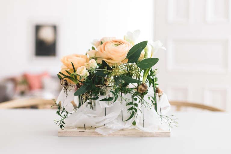 Blumengesteck Tisch