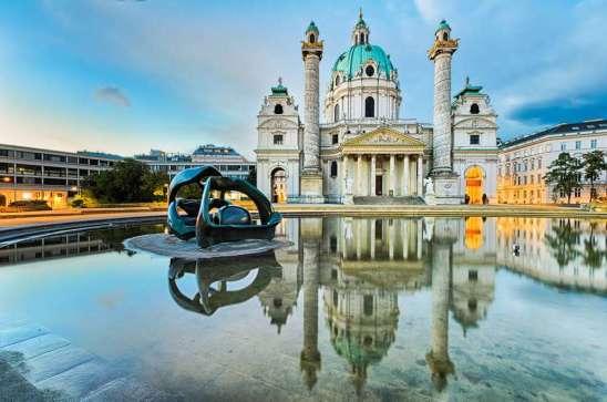 Busreis Oostenrijk Wenen Karlskirche